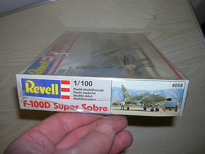 Revell Bausatz 4058 - Jet F 100D super Sabre - in 1:100 - in OVP und Folie