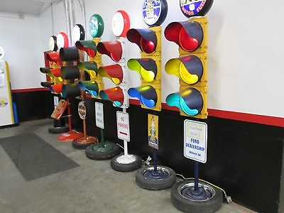 Large Traffic Light Gas Pump Globe Sign Pole Harley Coke OK Cars Corvette 4