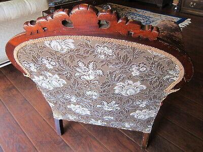 Vintage Carved Mahogany Armchair.(Sort Back) 3