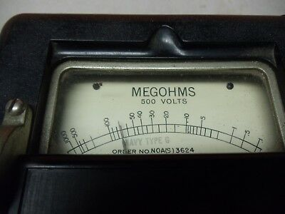 Vintage 1945 MEGOHMMETER for MEGOHMS by Interstate Manufacturing Company 3
