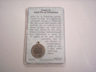 ST  PIO MEDAL and Prayer Card, Patron Saint Of Pain, Suffering, & Healing,  New