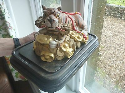 VINTAGE Chinese  Year Zodiac Wealth Cai Fierce Feral Tiger Statue carving 4