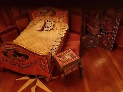 1:12 scale Natasha Beshenkovsky's Mini Decoupage Decor - Sheraton Collection Bed 12