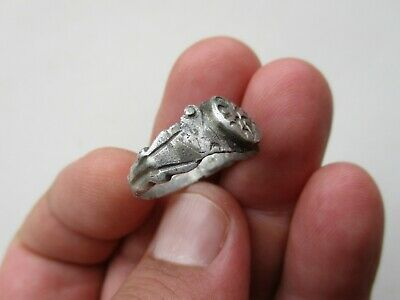 ancient late Roman silver nicely carved ring 10