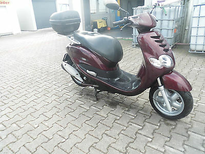 E.Yamaha XN 125 TEOS MBK Doodo Footrest Rear Left + RIGHT PILLION PEG