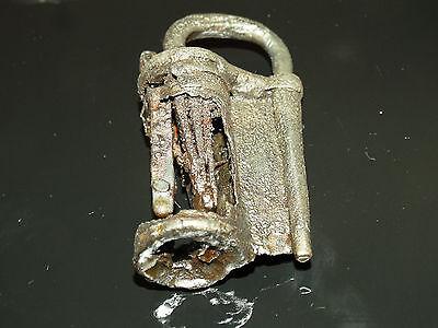 Superb Viking Iron  padlock. c 800-1000 AD 5