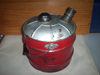 Vintage Red 2 Imperial Gallons Metal Jerry Gas Can Oil Pail + Lid & Spout Canada 7