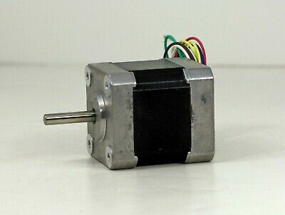 New In Open Box Oriental Motor Co. Vexta 2 Phase Stepping Motor PX245M-03AA 4