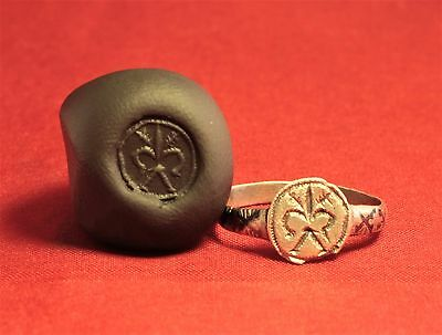 Medieval Knight's Silver Seal Ring - Lily Seal, 12. Century, Silver Inlay, Rare 2