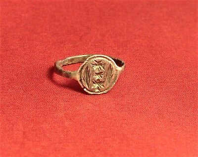 Medieval Silver Knight's Seal Ring 12. Century 4