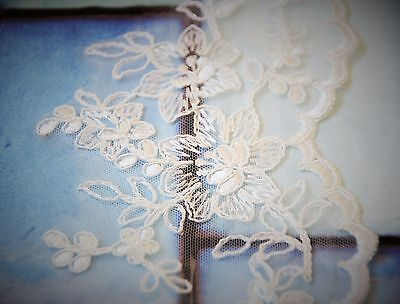 Wedding Veil *Fingertip Length*2 Tier*Wide Lace H* Ivory&off white* 4