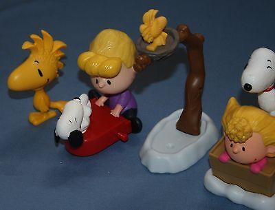 PEANUTS WOODSTOCK ON ZAMBONI ICE CLEANING FIGURE CAKE TOPPER MCDONALDS Snoopy