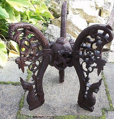 Large Beautifully Carved Antique S.e.asian  Padouk Side Table 11
