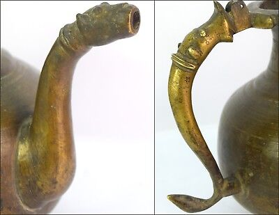Antique Handcrafted Old Indian Rare Mughal Brass Pot/Vessel With Spout. G3-50 US 4