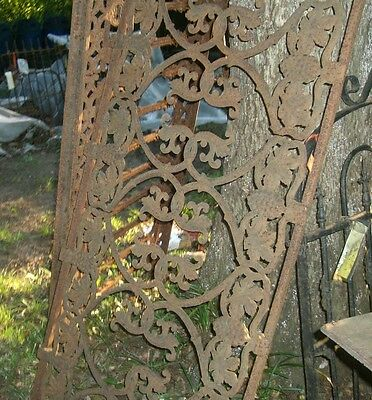 Antique Iron fence  panel Victorian Ornate  grape clusters 1880 6