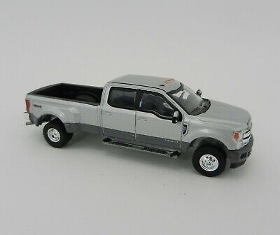 1:64 GreenLight *ANNIVERSARY COLLECTION* Silver 2019 Ford F350 Dually Pickup NIP 4