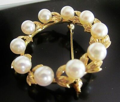 14K Gold White Cultured Pearl Diamond Cut Leaves Circlet Circle Wreath Brooch