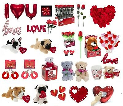 VALENTINES DAY ROMANTIC GIFTS His & Her Love Heart Cute Bears Valentine Gift UK 2