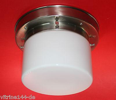 Messing vernickelt 1920-1949, Art Déco BAUHAUS WANDLAMPE Designleuchte Entwurf 1920 Opalglasröhre