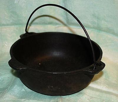 Vintage Cast Iron Bean Pot Kettle Cauldron & Bail Made In Usa 3 Quart Size Mark
