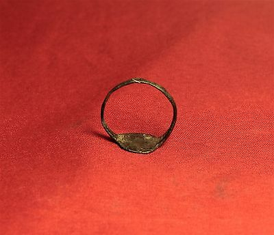 Medieval Seal Ring - Lily Seal, 12. Century 5