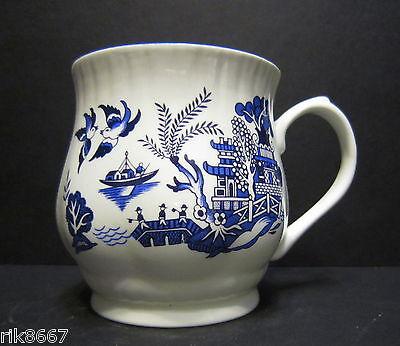 Set of 6 Willow Pattern Bulbous English Fine Bone China Mugs By Milton China 2