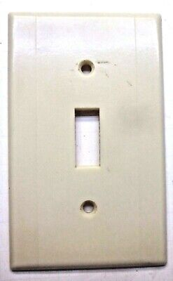 Leviton Switch Wall Plate Cover 2 Vertical Lines Beige Art Deco Bakelite Vintage 2