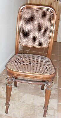 Antique wicker/rattan chair with wooden legs 6