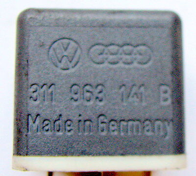 Relais 15 Steuerrelais 311963141B Audi VW Porsche original