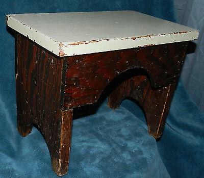 Fabulous Antique/Vintage Distressed Primitive Wood Stool!! Seafoam Green 2