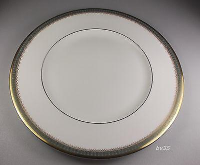 s Royal Doulton Clarendon H4993 Salad Plate