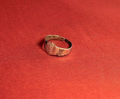 Medieval Archer's Shape Silver Ring - 12. Century 2