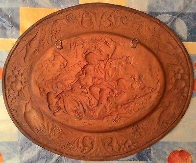 Antiguo Cuadro Rústico De Cobre Repujado Con Bonita Escena Romántica