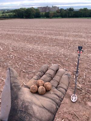1646 1 x Charles I English Civil War Musket Ball from siege of Raglan Castle 4