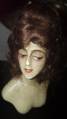 Vintage figurines Busts Lady Displays 4