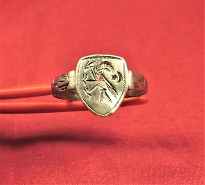 Fine Medieval Silver Knight's Seal Ring 12. Century - Bird Seal and Shield Shape 3