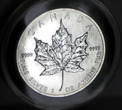 1990 Queen Elizabeth .9999 Fine Silver Vintage Canada Maple Leaf Coin 1 Troy Oz 5