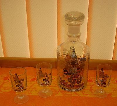 3 Glasflaschen mundgeblasen mit eingeschliffenem Glasstopfen 3,2,6 Trinkgläser 2