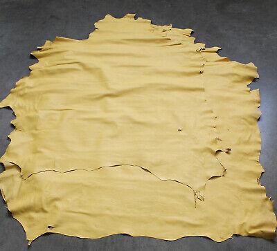 Lederreste ganze Häute gelb ocker messing, dünnes feines Lammnappa Leder