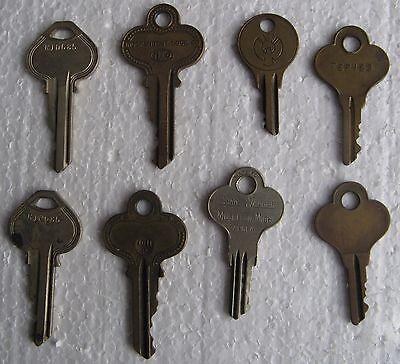 8 Old Keys - 3