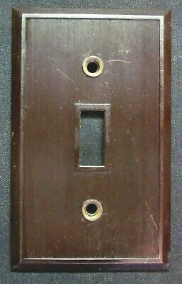 Hemco USA Switch Wall Plate Cover Fine Lines Ribs Brown Bakelite Antique 3