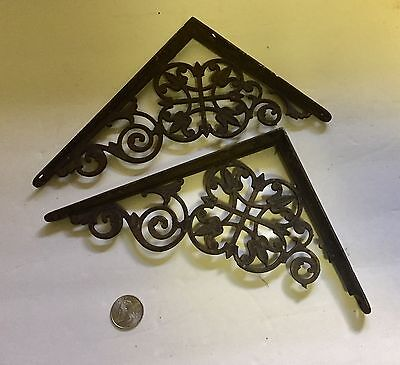 "Set of 2 Antique Cast Iron Fancy ""Le Flur' ""Victorian Shelf Brackets 2"