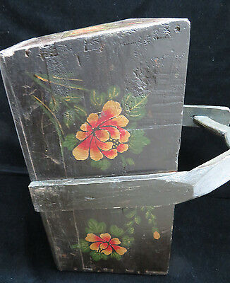 Vintage Large Chinese Hand Painted Knitting/Sewing/Mag Basket 6