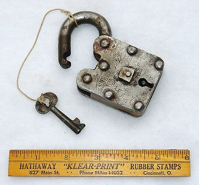 LEVERS REGD. #27 PRINCE FINE LOCK & KEY - Hob Nail - Authentic - Antique 2