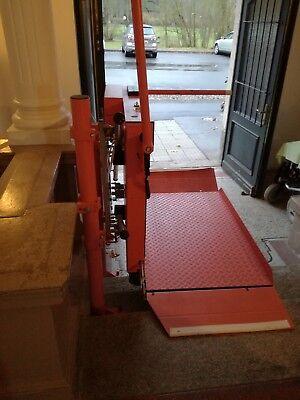Hilfsmittel Mobile 150cm Rollstuhllift Plattformlift Treppenlift Rollstuhl HebebÜhne Lift