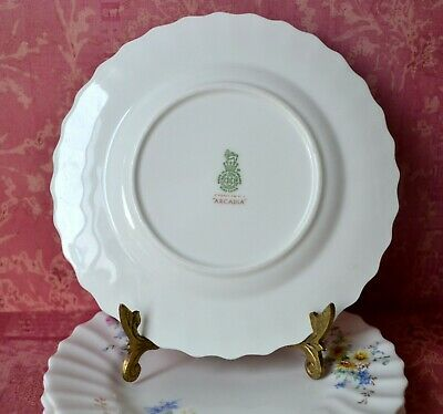 "Royal Doulton Arcadia Green Backstamp Set of 2 Side, Bread & Butter Plates, 6.5"" 7"