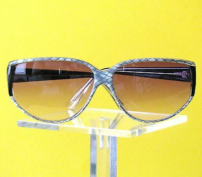 Alte, neue, unbenutzt, Damen Sonnebrille ca. 80er / 90er Jahre  siehe Bilder