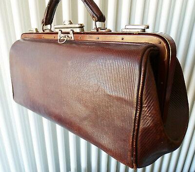 Antike Leder Arzttasche Doktortasche Tasche Sacvoyage Hebammentasche um 1900 7