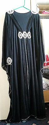 Womans Black Abaya 2