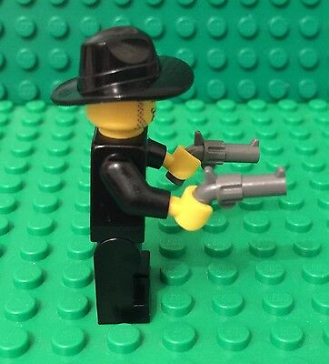 Mob Gangster Boss Mini Figure With X2 Tommy Gun Lego New Tuxedo Criminal